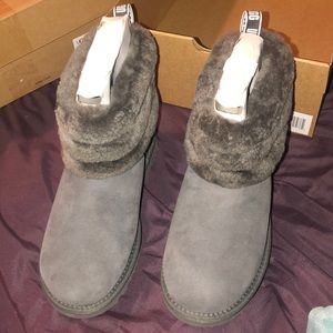 NEW UGG Boots size 7